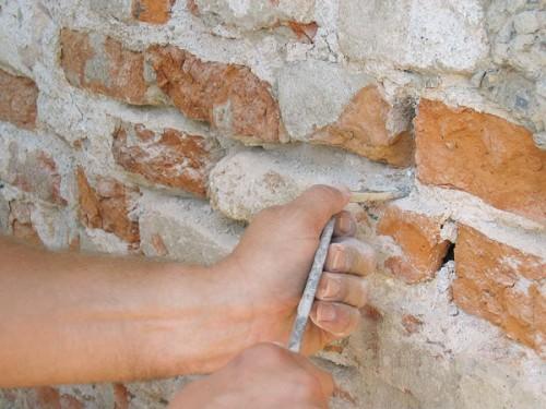 Suché stavebné zmesi farby laky hlohovec